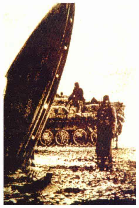d-russian_crashed_ufo_1940-1945.jpg